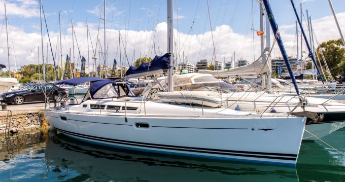 Rental Sailboat in Heraklion - Jeanneau Sun Odyssey 42i