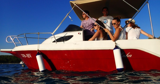 Hire Motorboat with or without skipper SPORT MARE Hvar