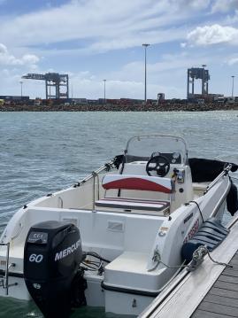 Rental Motorboat in Fort-de-France - Quicksilver Activ 505