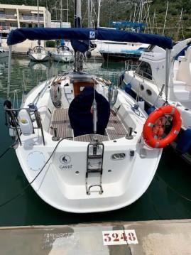 Rental Sailboat in Port Ginesta - Bénéteau Oceanis 320