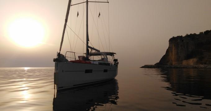 Rental yacht Benitses - Bénéteau Oceanis 38 on SamBoat
