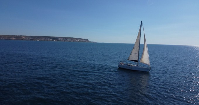 Rental Sailboat in Santa Pola - Jeanneau Sun Odyssey 40
