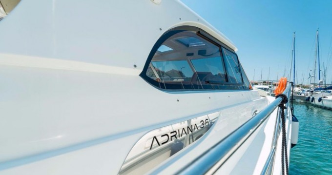 Rental yacht Jezera - Sas Vektor ADRIANA 36 on SamBoat