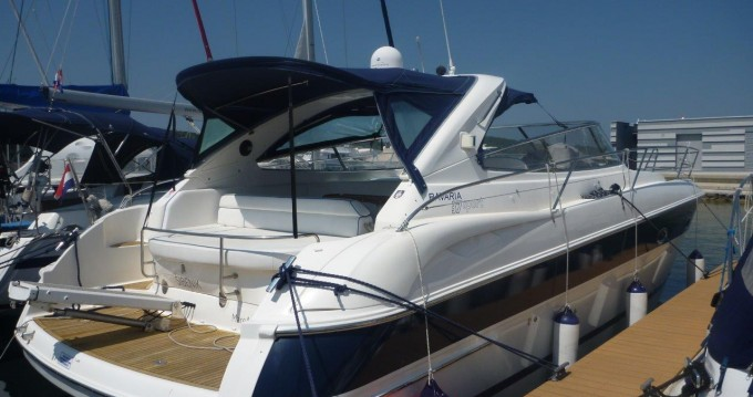 Rental Motorboat in Šibenik - Bavaria Bavaria 37 Sport