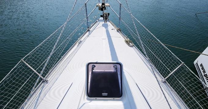 Rental yacht Pula - Bavaria Bavaria 38 on SamBoat