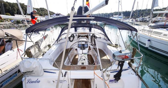 Rental yacht Pula - Bavaria Bavaria 39 Cruiser on SamBoat