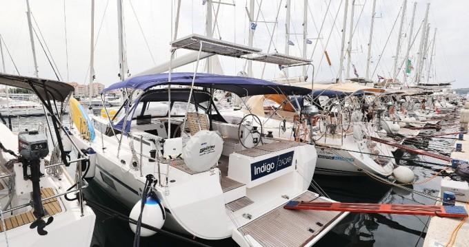 Rental Sailboat in Biograd na Moru - Bavaria Bavaria C45 Holiday