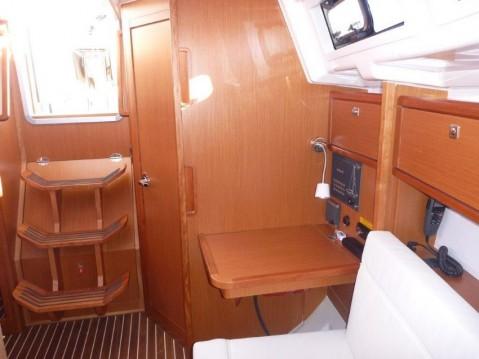 Rental yacht Šibenik - Bavaria Cruiser 33 on SamBoat