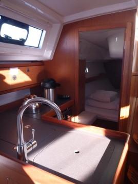 Boat rental Bavaria Cruiser 33 in Šibenik on Samboat