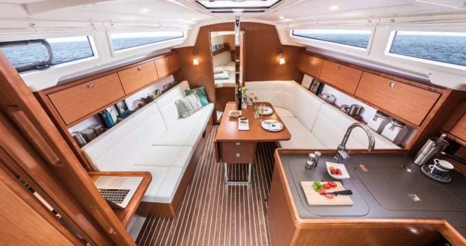 Rental Sailboat in Jezera - Bavaria Cruiser 34