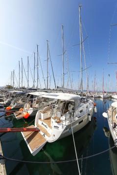 Bavaria Bavaria Cruiser 36 Avantgarde between personal and professional Zadar