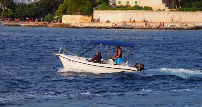 Rental Motorboat in Hvar - Reful 490 Open