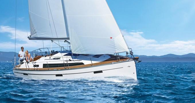 Rental Sailboat in Jezera - Bavaria Cruiser 37