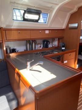 Rental Sailboat in Lelystad - Bavaria Cruiser 37