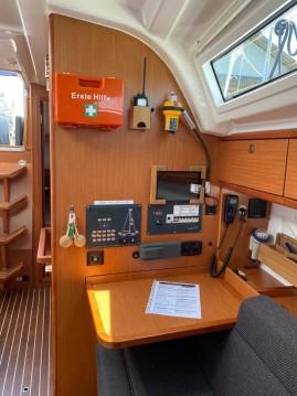 Boat rental Lelystad cheap Cruiser 37