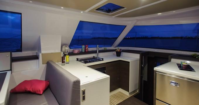 Rental yacht Portocolom - Nautitech Nautitech 40 on SamBoat