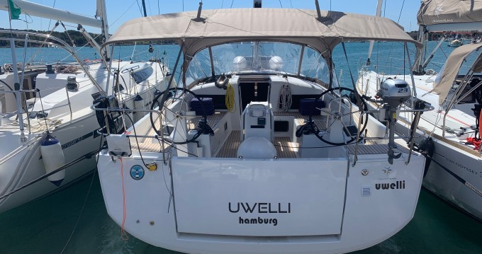 Jeanneau Sun Odyssey 440 between personal and professional Portocolom