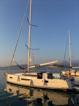 Rental Sailboat in Gouvia - Jeanneau Sun Odyssey 440
