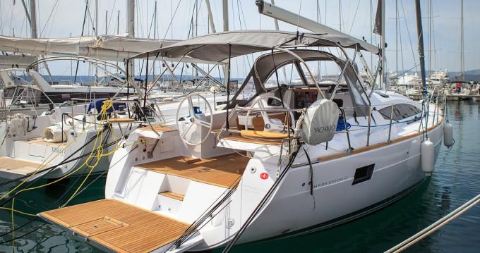 Hire Sailboat with or without skipper Elan Kaštela