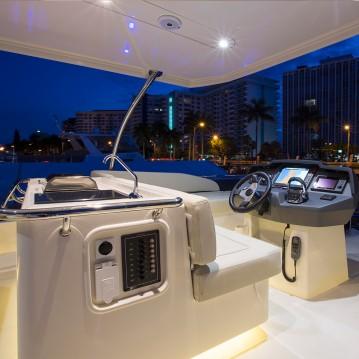 Boat rental Aquila Aquila 44 in Marsh Harbour on Samboat