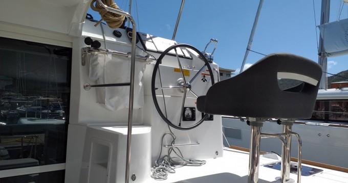 Boat rental Marina Cay cheap Lagoon 40