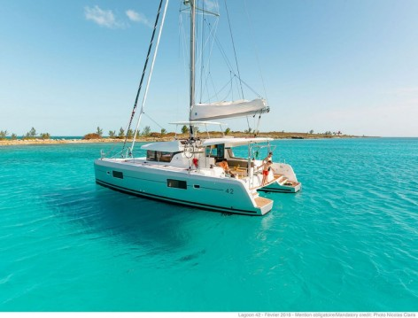 Rental Catamaran in Marina Cay - Lagoon Lagoon 42