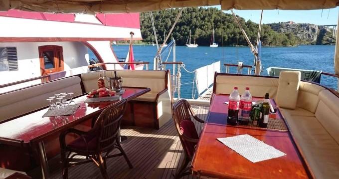 Boat rental Unknown Gardelin in Split on Samboat