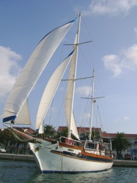 Boat rental Split cheap Hera
