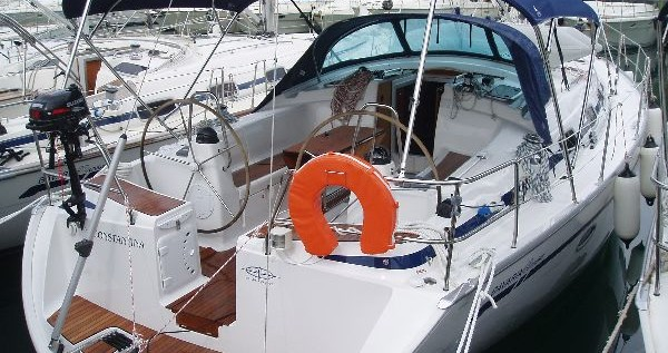 Rental yacht Kos - Bavaria Bavaria 43 Cruiser on SamBoat