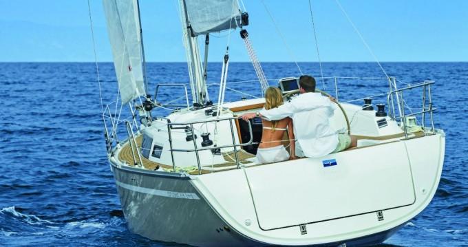 Boat rental Alimos cheap Cruiser 34