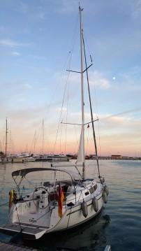 Boat rental Bavaria Cruiser 33 in Playa de Palma on Samboat