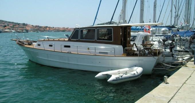 Rental yacht Betina - Unknown Gangaro on SamBoat