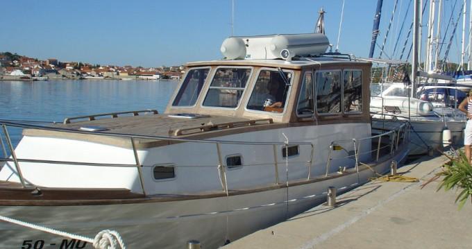 Boat rental Unknown Gangaro in Betina on Samboat