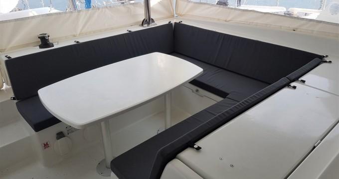 Boat rental Kaštela cheap Lagoon 421