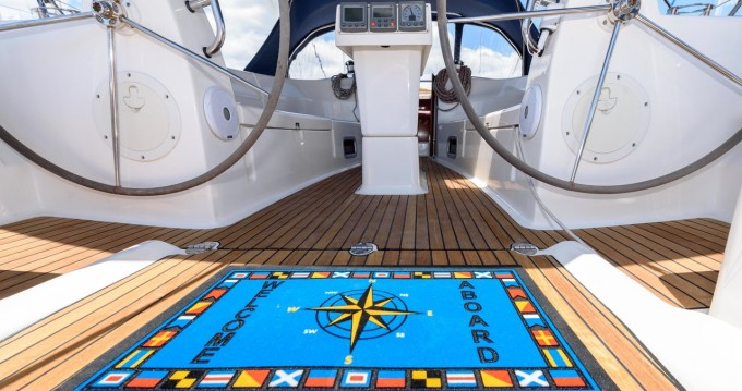 Rent a Bavaria Bavaria 40 Cruiser Trogir