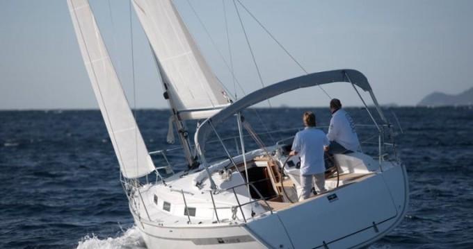 Rental Sailboat in Trogir - Bavaria Cruiser 32