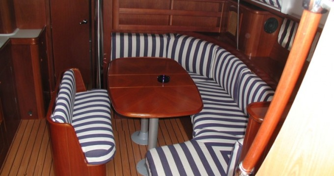 Hire Sailboat with or without skipper Bénéteau Trogir