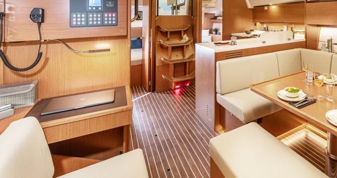 Boat rental Bavaria Bavaria C45 Style - 3 cab. in Pula on Samboat
