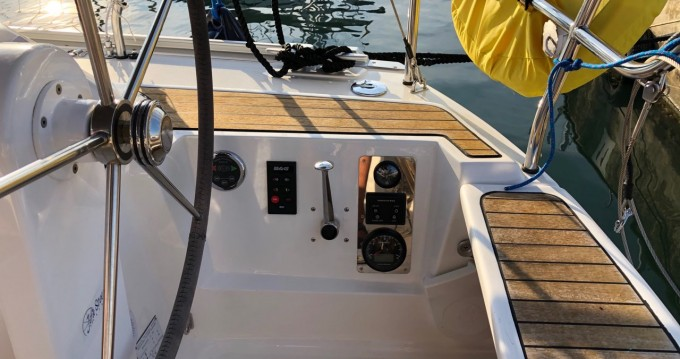 Boat rental Bavaria Cruiser 34 in Pula on Samboat
