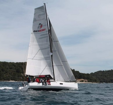 Rental Sailboat in Pula - Pogo Structures Pogo 12.50