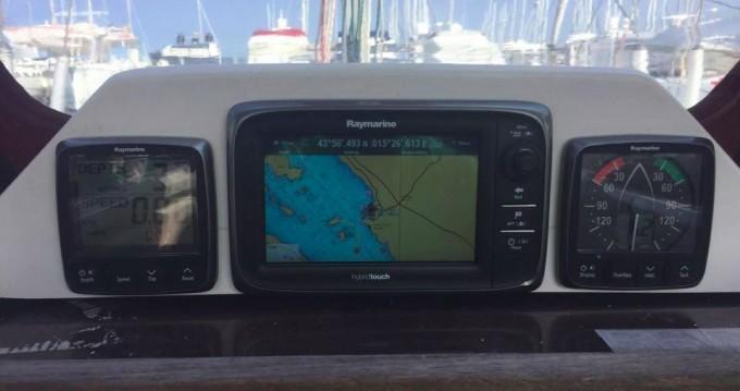 Boat rental Elan Elan 340 in Biograd na Moru on Samboat