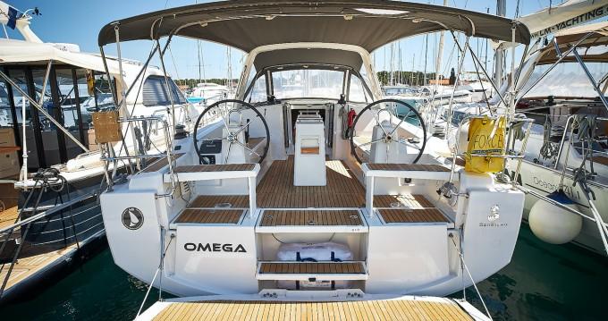 Boat rental Biograd na Moru cheap Oceanis 38