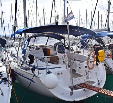 Rental Sailboat in Kaštela - Bavaria Bavaria 39 Cruiser