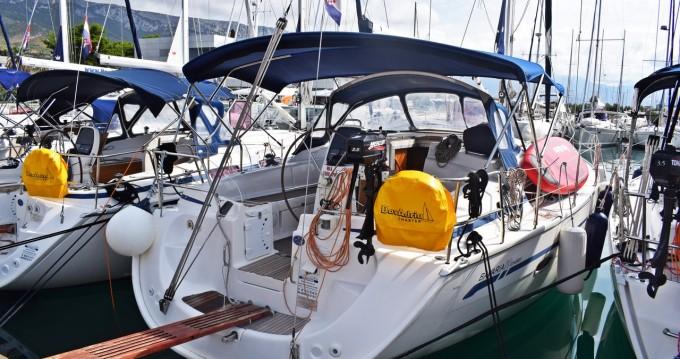 Rental yacht Kaštela - Bavaria Bavaria 39 Cruiser on SamBoat