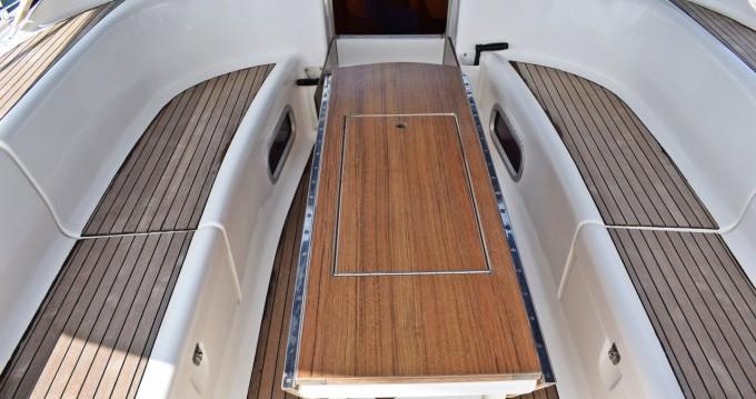 Rental Sailboat in Kaštela - Bavaria Bavaria 46 Cruiser