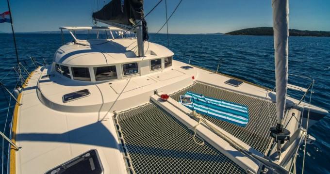 Rental yacht Novi Vinodolski - Lagoon Lagoon 380 on SamBoat