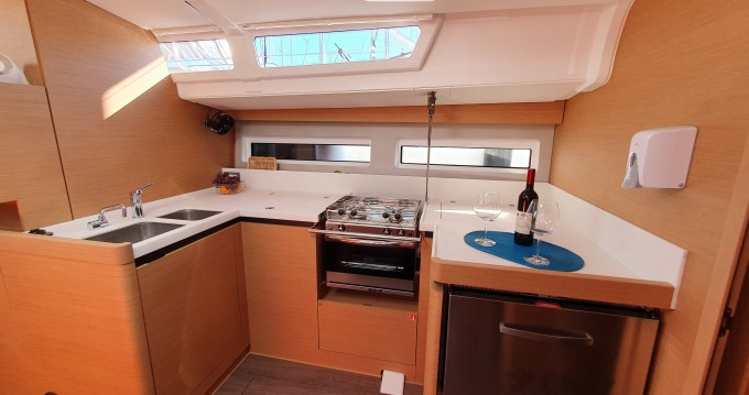 Rental yacht Biograd na Moru - Jeanneau Sun Odyssey 490 on SamBoat