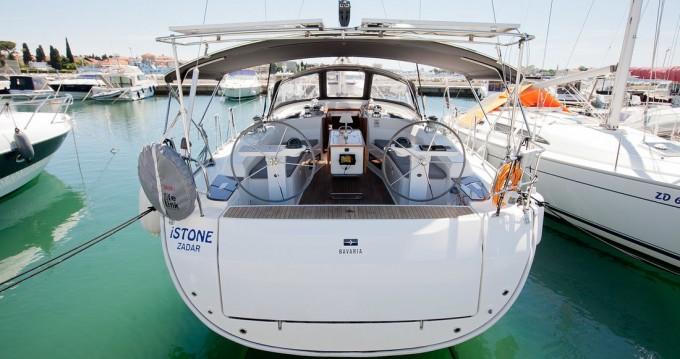 Rent a Bavaria Cruiser 45 Zadar