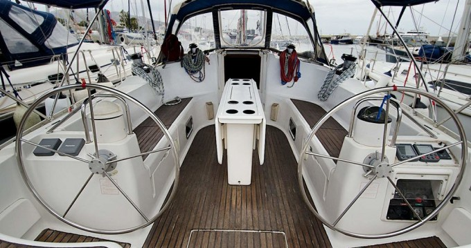 Rental yacht Alimos - Jeanneau Sun Odyssey 45.2 on SamBoat