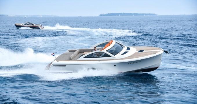 Rental Motorboat in Primošten - Bavaria Keizer 42